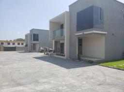 4 bedroom house for rent at Abelemkpe