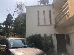 5 bedroom house for sale at Tesano
